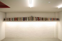 30_bookshelf_01