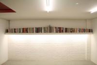30_bookshelf_01